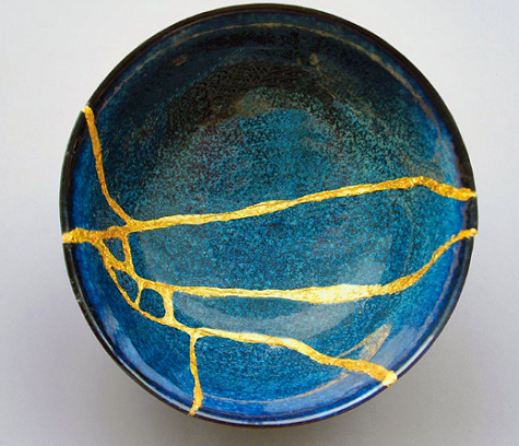 Kintsugi Bowl - the Japanese Art of Precious Scars