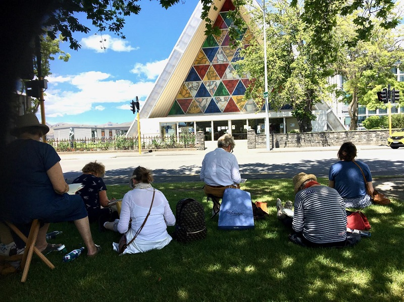 Art class sketching at Christchurch cathedral